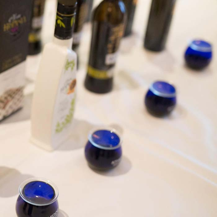 Sample olive oil send